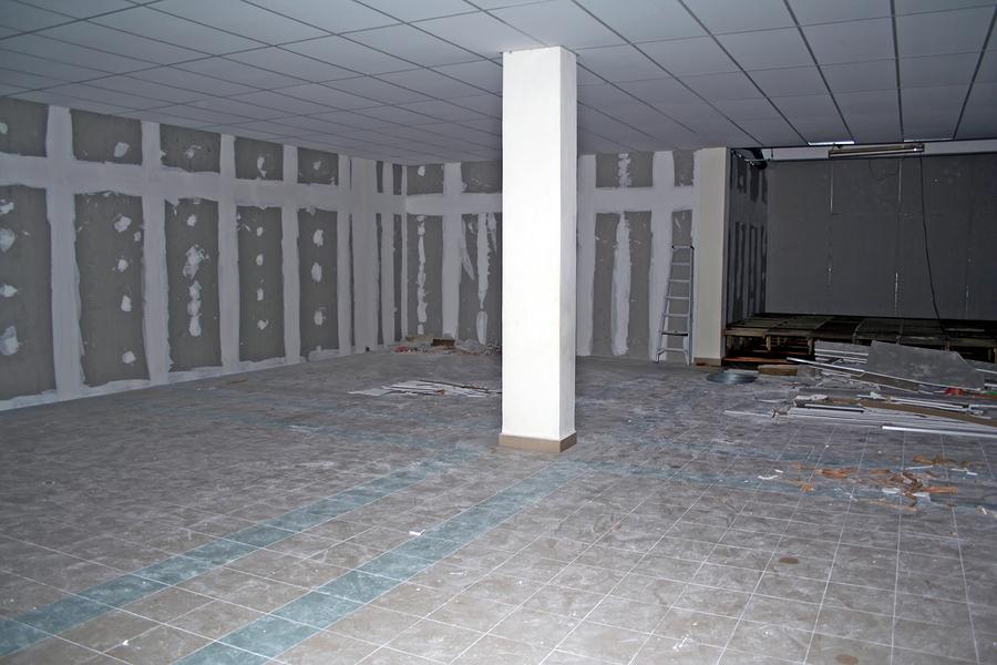 Foundation-Repair-Waterproofing-Crew-Basement-Joliet-IL